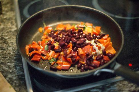 beans-bell-pepper-carrot-89236