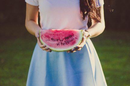 female-fruit-hands-112362.jpg